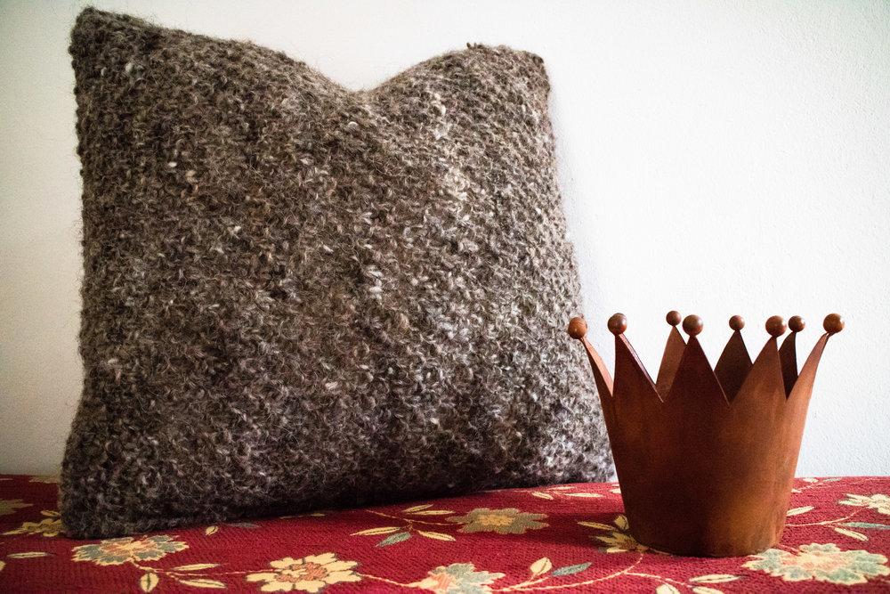 Kissen+Crown+©+My+Faroe+Islands,+Anja+Mazuhn++(1+von+1).jpg
