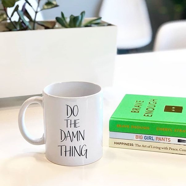 Love seeing my mugs in the wild! Even better when they're paired up with the brilliant work of @cherylstrayed 😍 Thanks for sharing this moment, @haven.collective 💚 • • • • • • #dothedamnthing #motivationmonday #motivationalmoment #motivationalmonday #writtenpapergoods #etsyfinds #makersgonnamake #handsandhustle #caseofthemondays #dslettering #abmathome