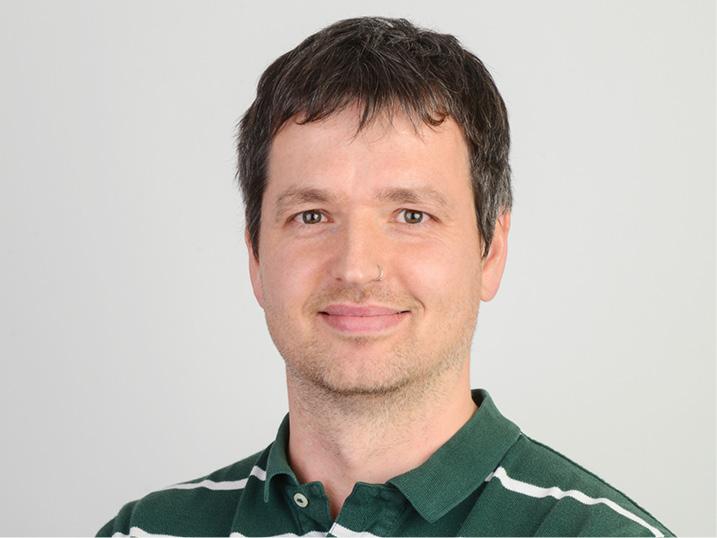 Valentin Rusev  Dipl. Physiotherapeut FH (NL)   Kernkompetenzen:  Weiterbildung Bobath und Feldenkrais   Sprachen:  Deutsch, Englisch, Kroatisch, Italienisch  Telefon 044 400 33 39