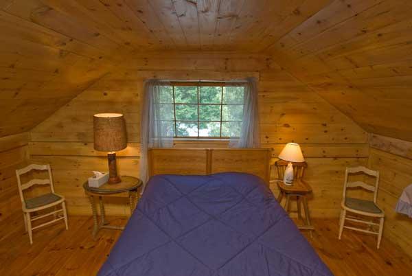 Pine Bedroom 1.jpg