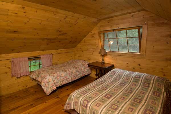Pine Bedroom 2.jpg