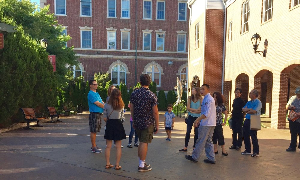 Group of Students and Parents on a College Tour. Links to Blog Page.