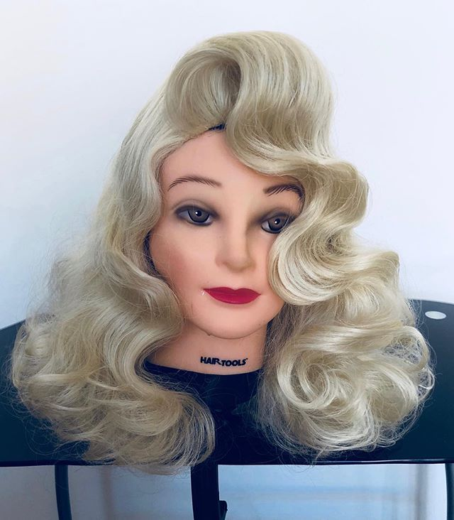 So I may be just a little obsessed with @rupaulsdragrace 💄💋👑💅🏼👗the most incredible show I have ever watched, So I decided to try drag wig styling in honor of these beautiful ladies🙏🏼Felicia loved it!!😍I think this is my calling 😂I will forever be happy styling wigs for these  ladies 🙏🏼✂️(watch this space)My hair inspiration comes from @eurekaohara @sheacoulee my spirit sisters 🙏🏼#rupaulsdragrace #rupaul #rupaulsdragraceseason10 #eureka #eurekaohara #elephantqueen #shaecoulee #dragqueen #dragrace #artists #dragwigs #dragwigstyling #vintage #hollywood #hollywoodwave #glamour #wigs #blondebombshell #draghair #styling #heykittygirl #sashayaway #shantayyoustay