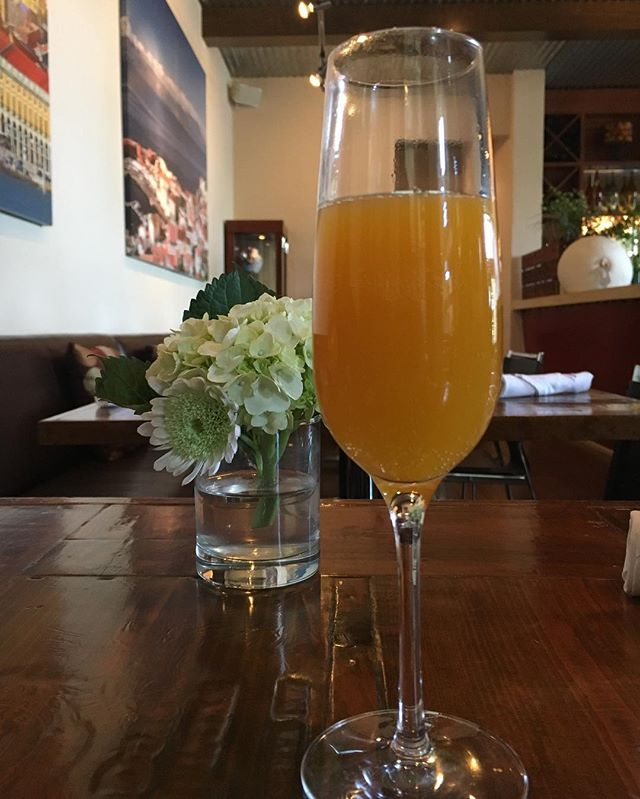 Happy Sunday! Have you tried our Passionfruit Mimosa? Join us for brunch today until 2!  #brunch #sunday #mimosas #portuguese #healdsburg #sundayfunday #brunchhealdsburg