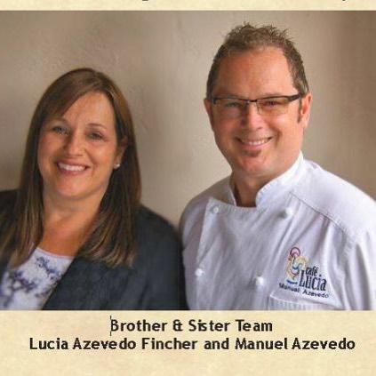 Lucia & Manuel #nationalsiblingday