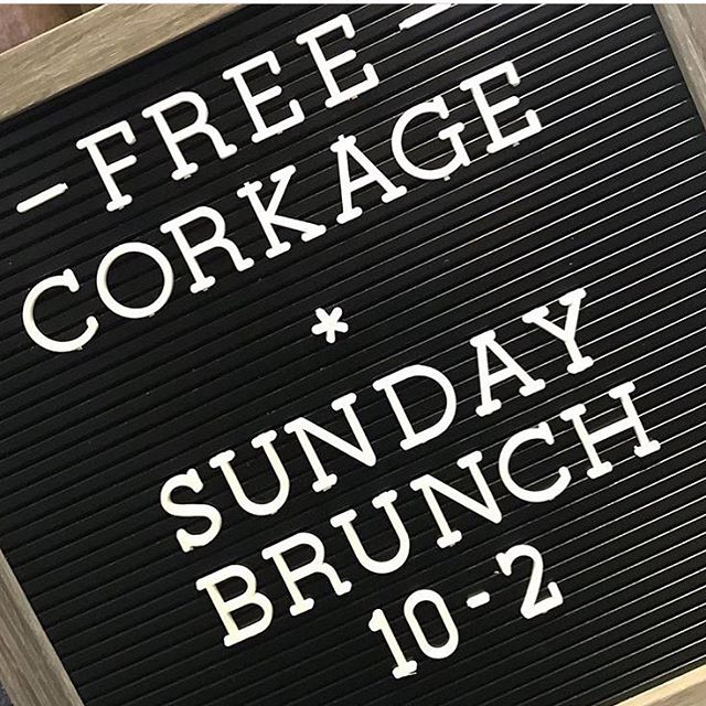 Did you know? 🍷🍳🥓🥂#freecorkage #sundaybrunch #winewednesday #healdsburg #sonomacounty