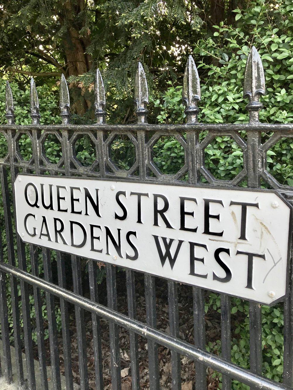 Edinburgh street sign
