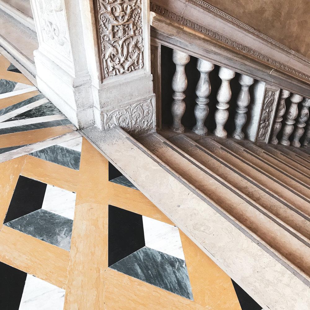 venetsia-palatsin-lattia.jpg