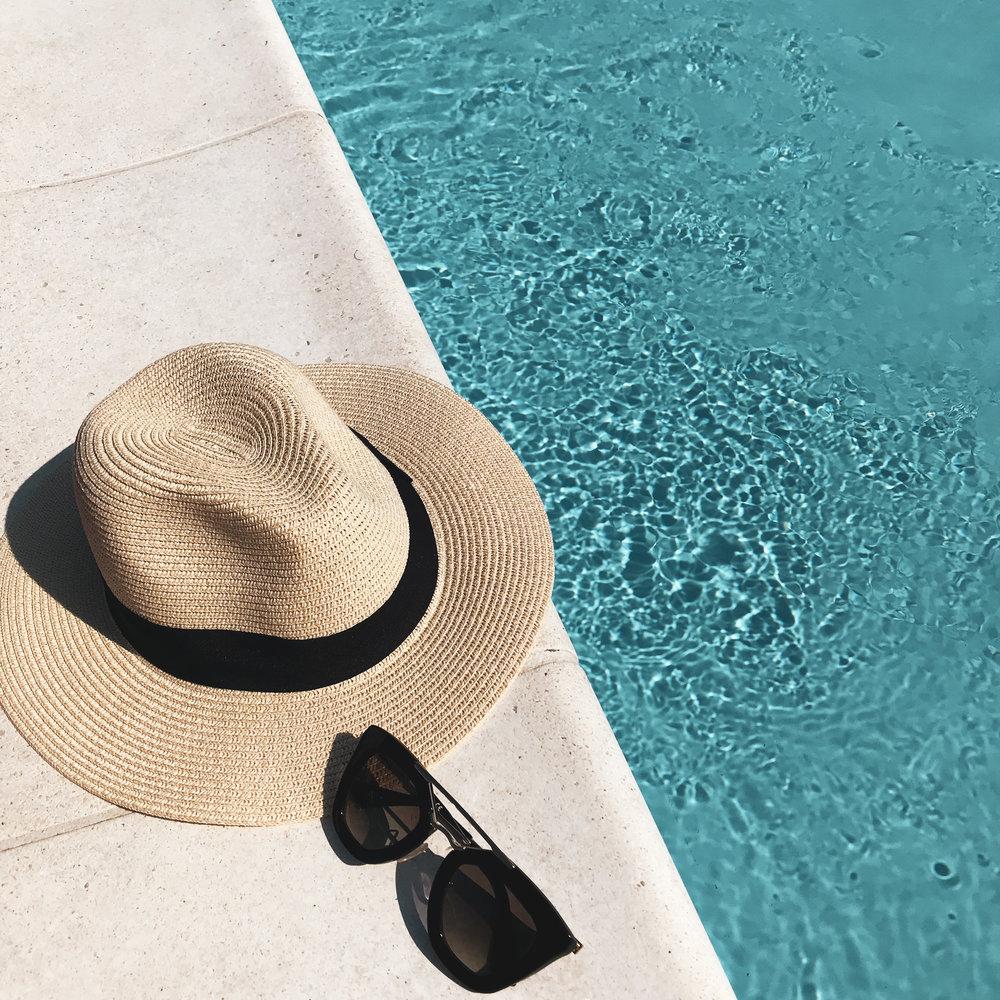 uima-allas-ja-aurinkolasit