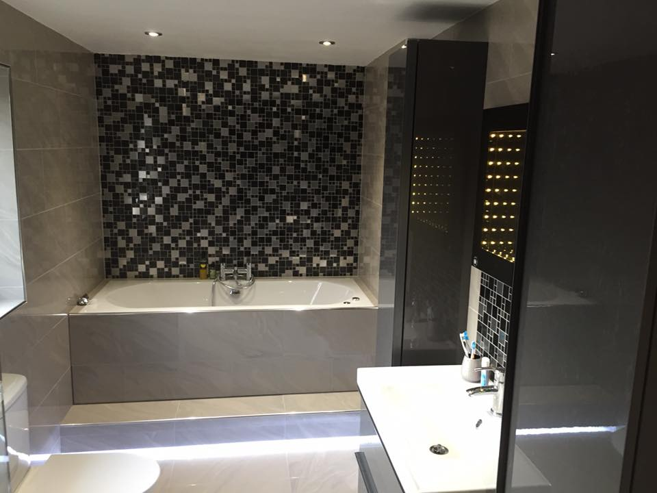 website bathroom pic .jpg