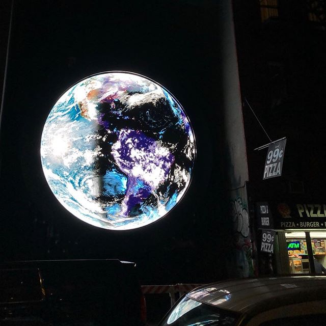 Watched the lights turn on in the Midwest tonight and cant help but feel in awe of how magical this city can be sometimes. ✨🌎✨ @sebastianstudio's mesmerizing @nasa livestream projected 24/7 in the lower east side this month! #goseeart #ypaaroundtown #nycart #publicart #wholewideworld