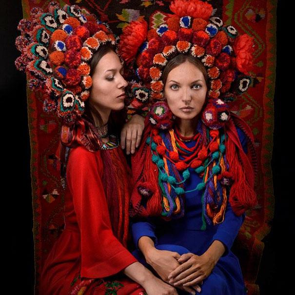 traditional-ukrainian-flower-crowns-treti-pivni-3.jpg