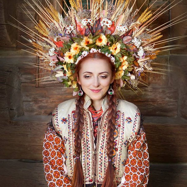 traditional-ukrainian-crowns-treti-pivni-15-57985bc9d81f7__605.jpg