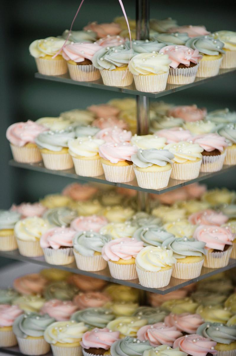 cupcake-tower.jpg