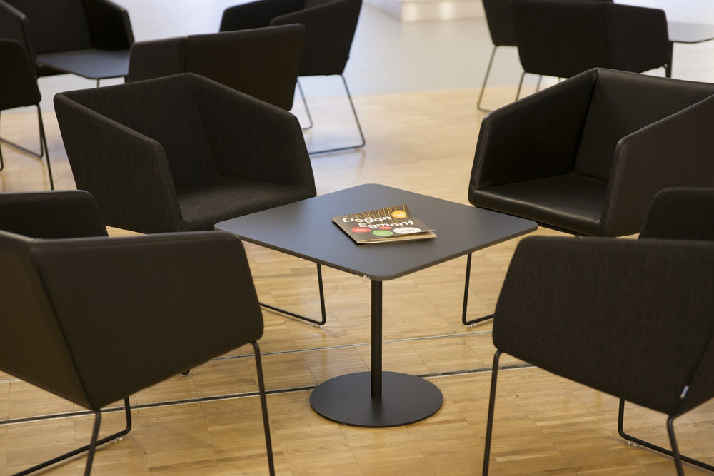 Knoll-designer-seating.jpg