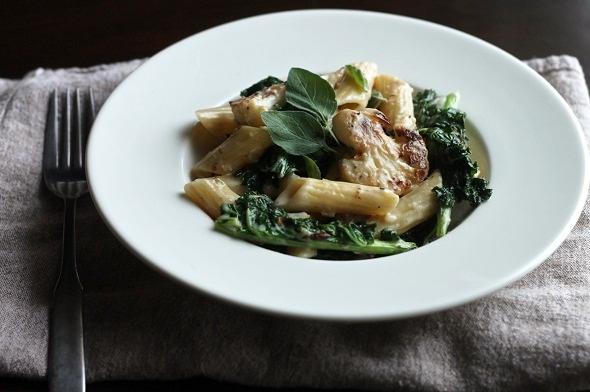 cauliflower and kale pasta