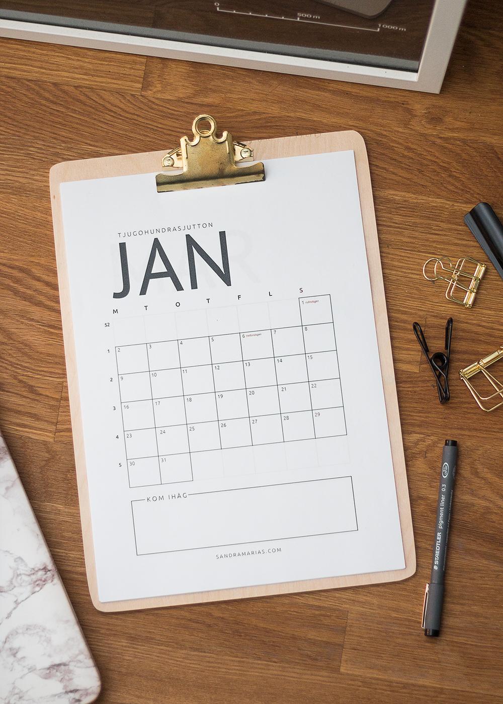 GRATIS kalender 2017, skriv ut din egen! | Sandramarias.com