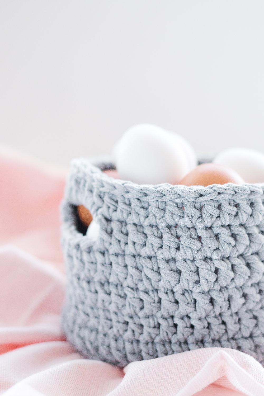 DIY | Virka en korg i trikå | Steg-för-steg mönster | Sandramarias.com