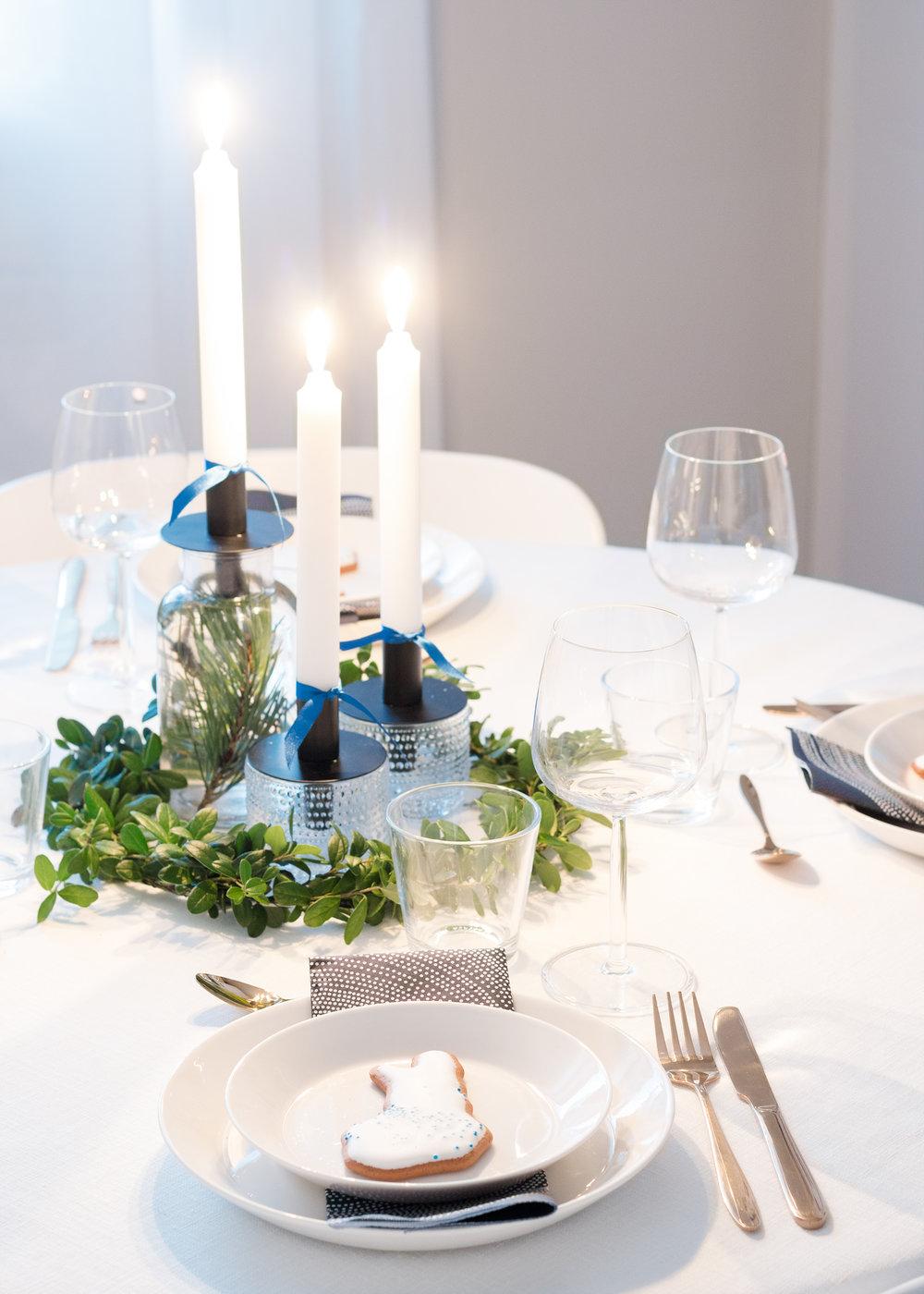 Finland 100 | Table setting | Suomi 100 kattaus | Sandramarias.com | Lifestyle By Sandramaria