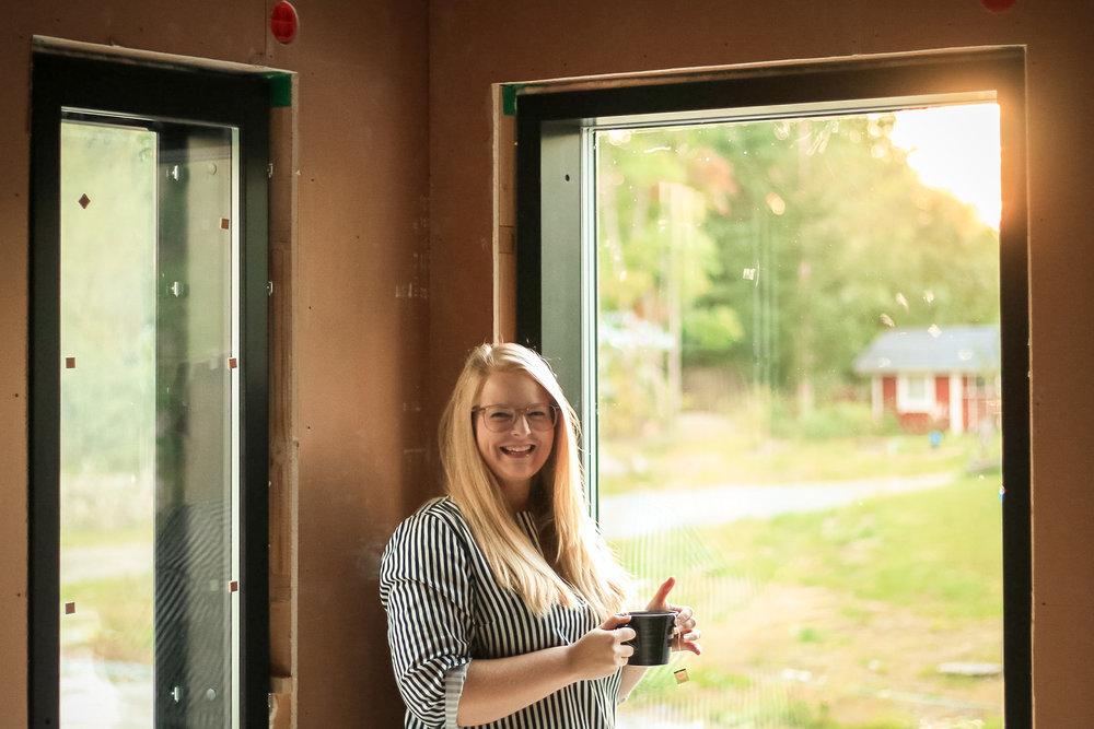 Building Home: We Have Windows!   Sandramarias.com