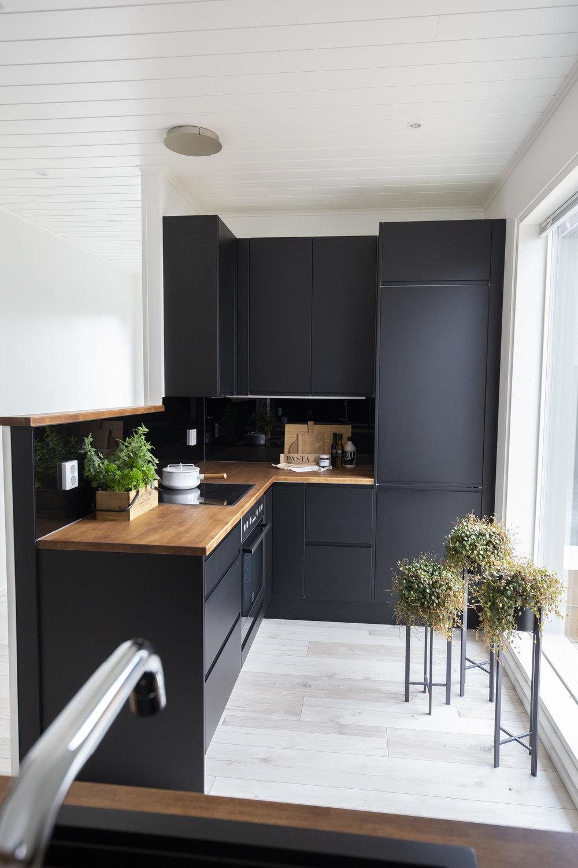 Building Home: Our Kitchen Plan // Sandramarias.com // By Sandramaria // Image via: Stylizimoblog.com
