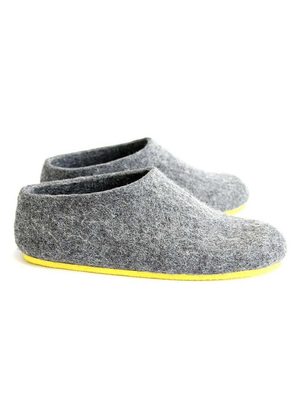 Womenu0027s Felt House Shoes Grey Minimalist