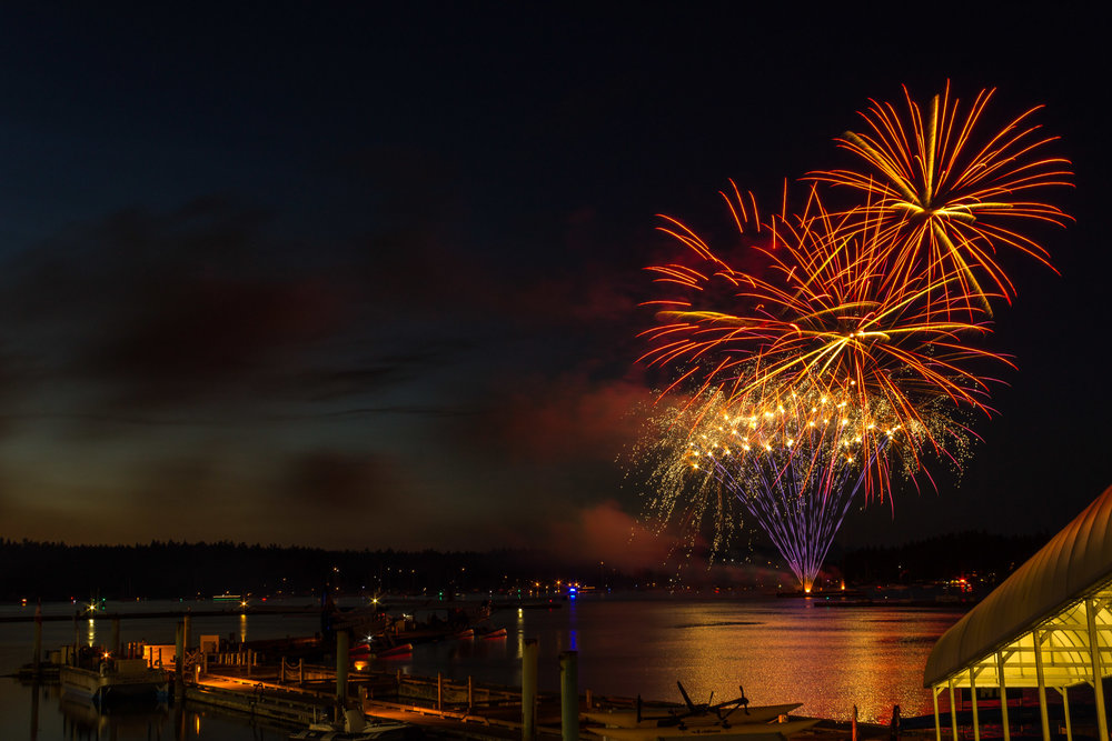 2017 Canada Day Fireworks     Copyright © Afro Boy Productions. All rights reserved.