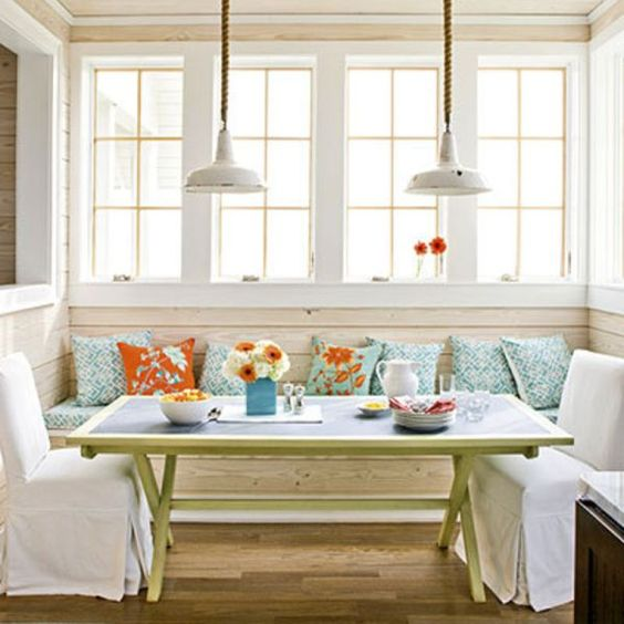Breakfast Nook 21.jpg