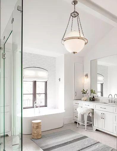 Beach Pretty-Therasa Rowe Master Bathroom.jpg