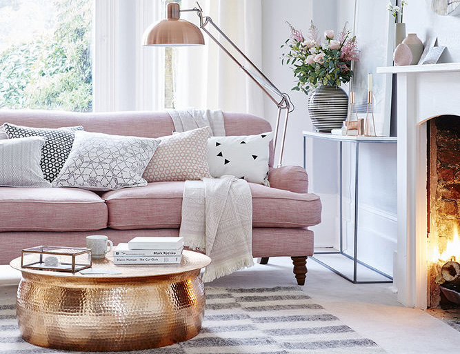 Beach Pretty House Style: Pink and Gray Interior Design Inspiration