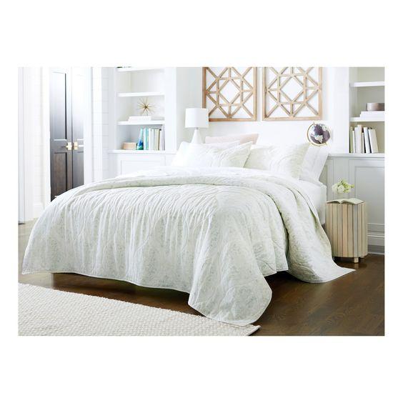 White Linen Quilt