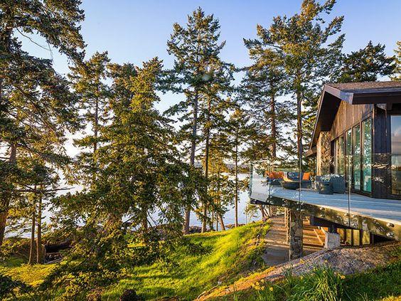 Beach Pretty House Tours-Enjoy This Perfect Beach House on Canada's Pender Island 3.jpg