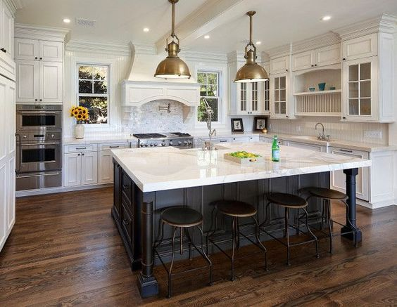 Beach Pretty House Style-Striking Black and White Kitchens 6.jpg