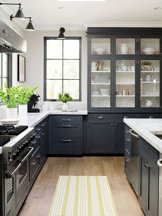 Beach Pretty House Style-Striking Black and White Kitchens 7.jpg