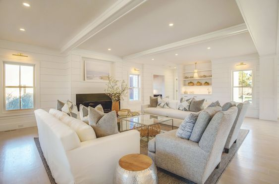 White Couch|Nantucket Beauty