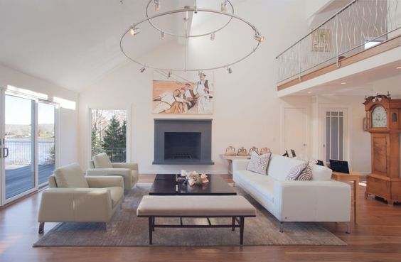 White Couch|Modern Revival