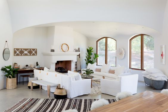 White Couch|Interior Photographer