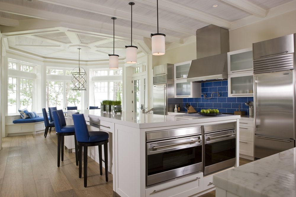 This kitchen is fabulous! I love the detail the builders put into the breakfast nook.
