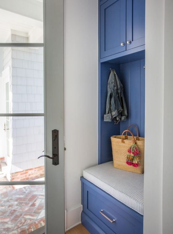 Mud Room-Beach House-Escape into the Blue by Interior Designer Lauren Leonard.jpg