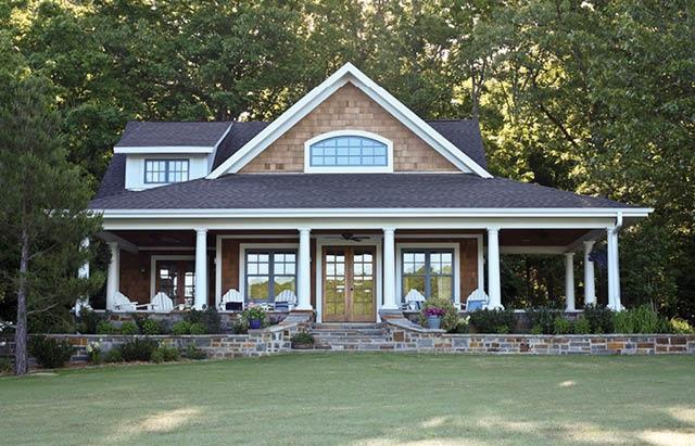This Lake House Porch is so Perfect..Take a Tour of this Lake Hamilton Lakeside Cottage!