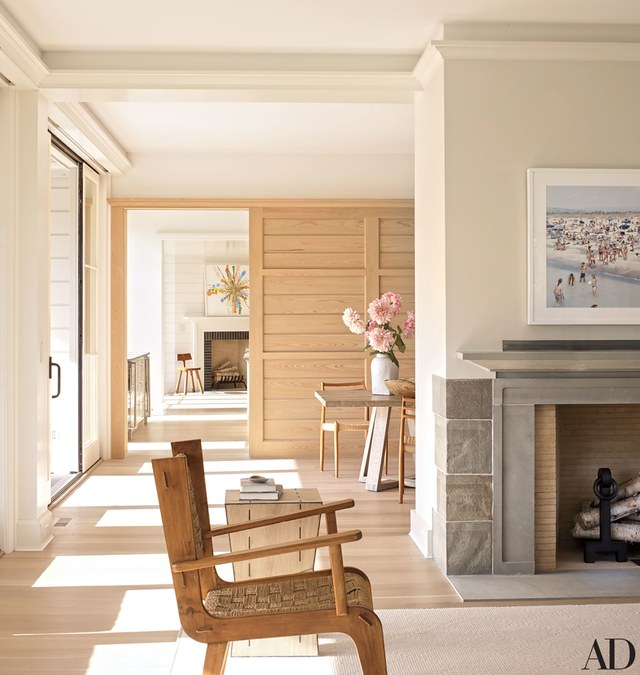 House Tours-Be Inspired by these Two Flawless Beach Houses 19.jpg