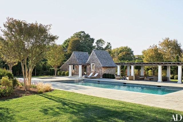 House Tours-Be Inspired by these Two Flawless Beach Houses 26.jpg