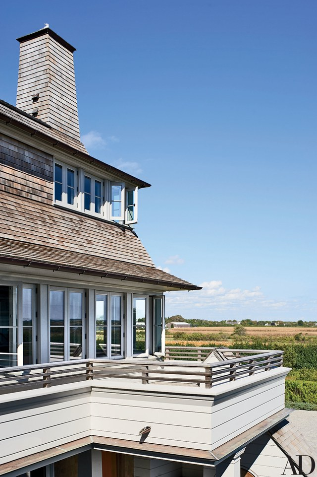 House Tours-Be Inspired by these Two Flawless Beach Houses 27.jpg