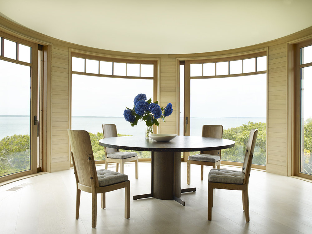 House Tours-Be Inspired by these Two Flawless Beach Houses.jpg