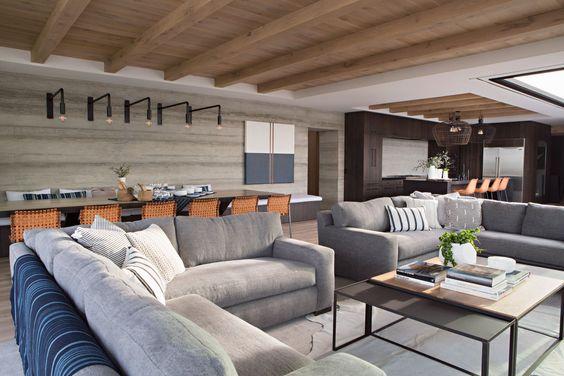 Interior Designer Eric Olsen's Harbor View Hills 2.jpg