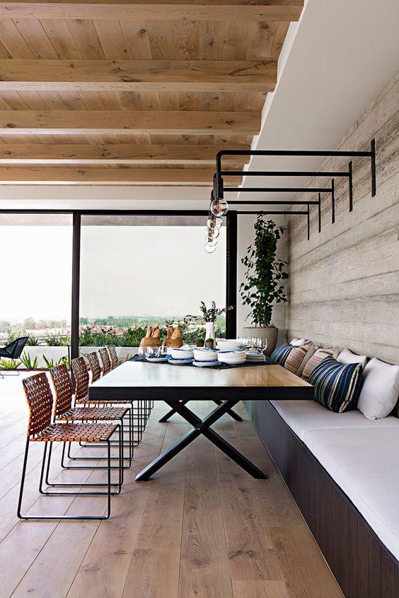 Interior Designer Eric Olsen's Harbor View Hills 3.jpg