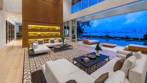 Glamorous Oceanfront Beach House in Miami 11.jpg