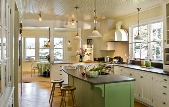 House Tour-Cottage Envy in Boothbay Harbor, Maine 6.jpg