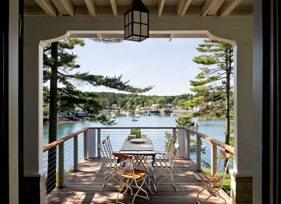 House Tour-Cottage Envy in Boothbay Harbor, Maine 14.jpg