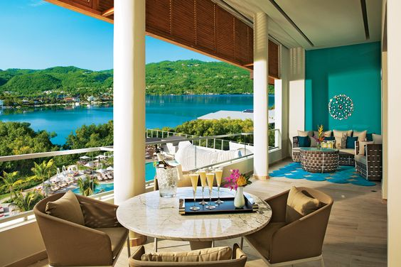 Breathless Montego Bay & Resort  is ultra-chic and vibrant.